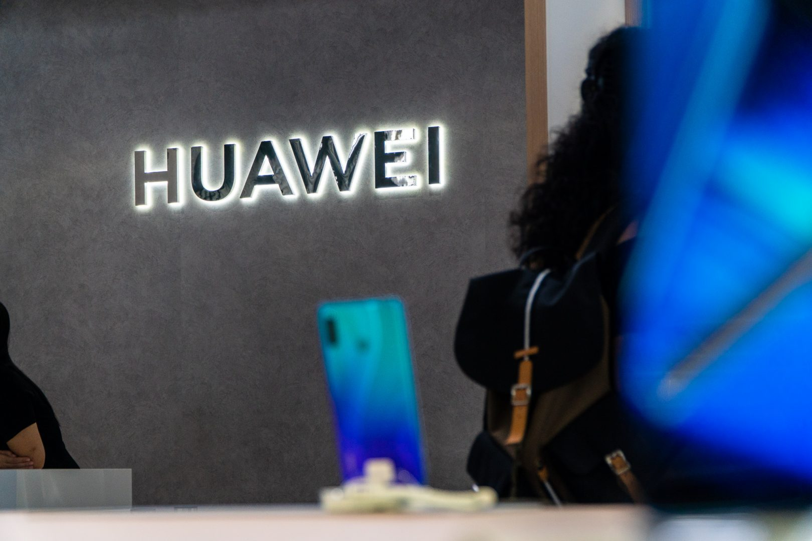 Huawei Launches Its New 5G Flagship Phone Lacking Google-Licensed Apps